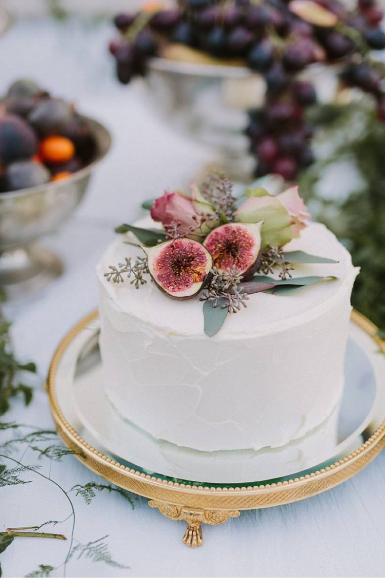 15 small wedding cake ideas that are big on style a practical small wedding cake ideas a practical wedding junglespirit Images