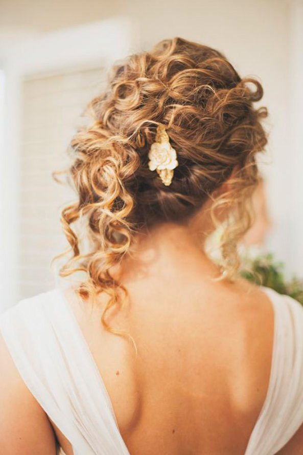 hair styles for wavey hair 33 modern curly hairstyles that will slay on your wedding 6774